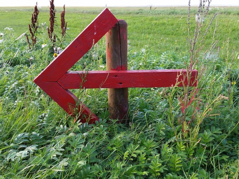 Roter Richtungspfeil