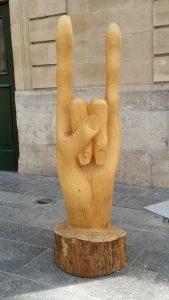 Hand, Kunstwerk, gesehen in Luxemburg
