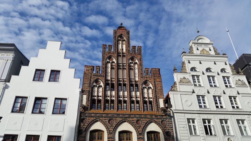 Giebel in Rostock, Mitte: Stadtbibliothek