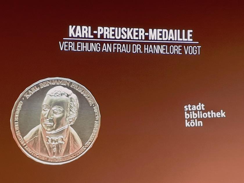 Preisverleihung Karl-Preusker-Medaille an Dr. Hannelore Vogt,